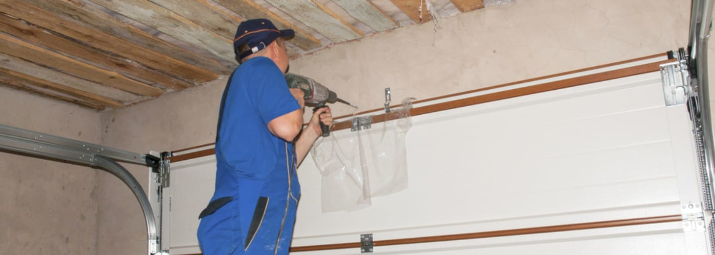 5 Ways to Reduce the Cost of Garage Door Repairs