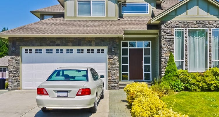 Top 4 Benefits of Using Home Garage Parking