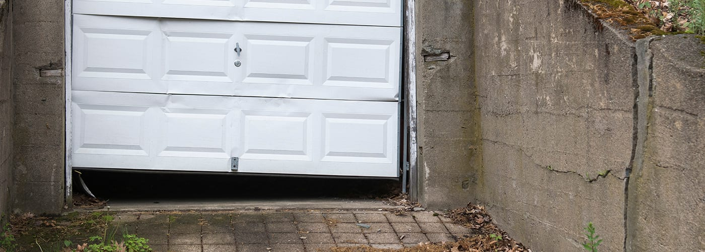 Ways to Avoid a Garage Door Break In