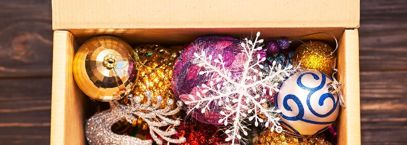 how to pack up holiday decorations